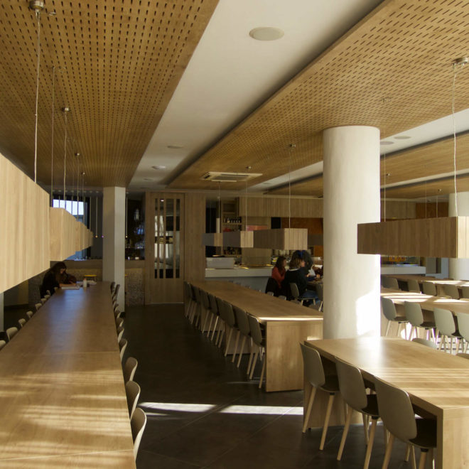 paneles-acusticos-de-madera-para-restaurantes