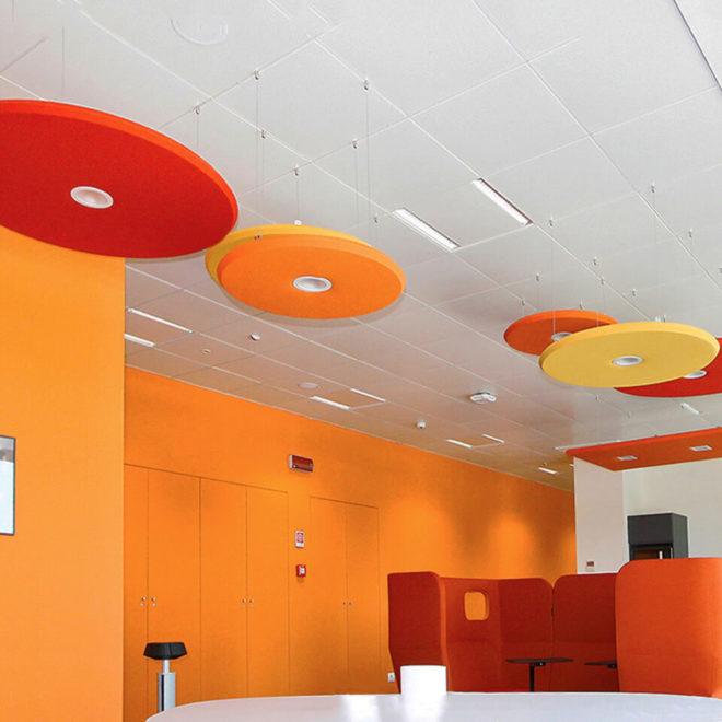 paneles-fonoabsorbentes-de-colores-oficinas-coworking