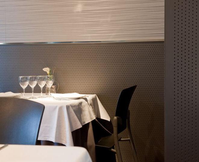 paneles-fonoabsorbentes-restaurante-drill-acoustic