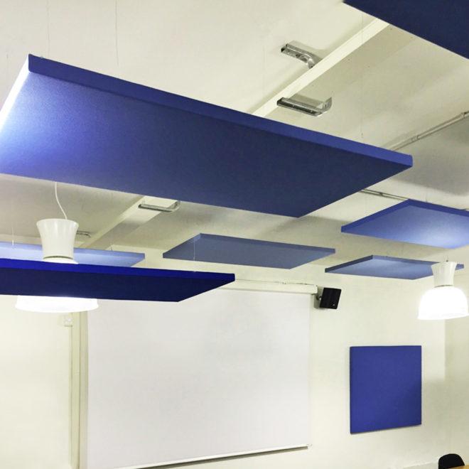 paneles-aislamiento-acustico-colgando-techo-goodvibes